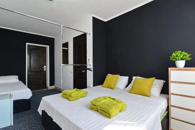 Номера в отеле Charisma от 930 грн 🌿 Бронируйте онлайн!  https://centralkoblevo.com/ +38 (097) 422 25 55